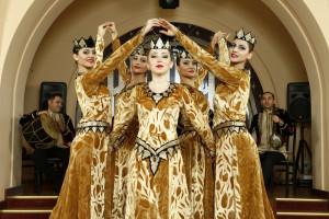 Национальные танцы Армении