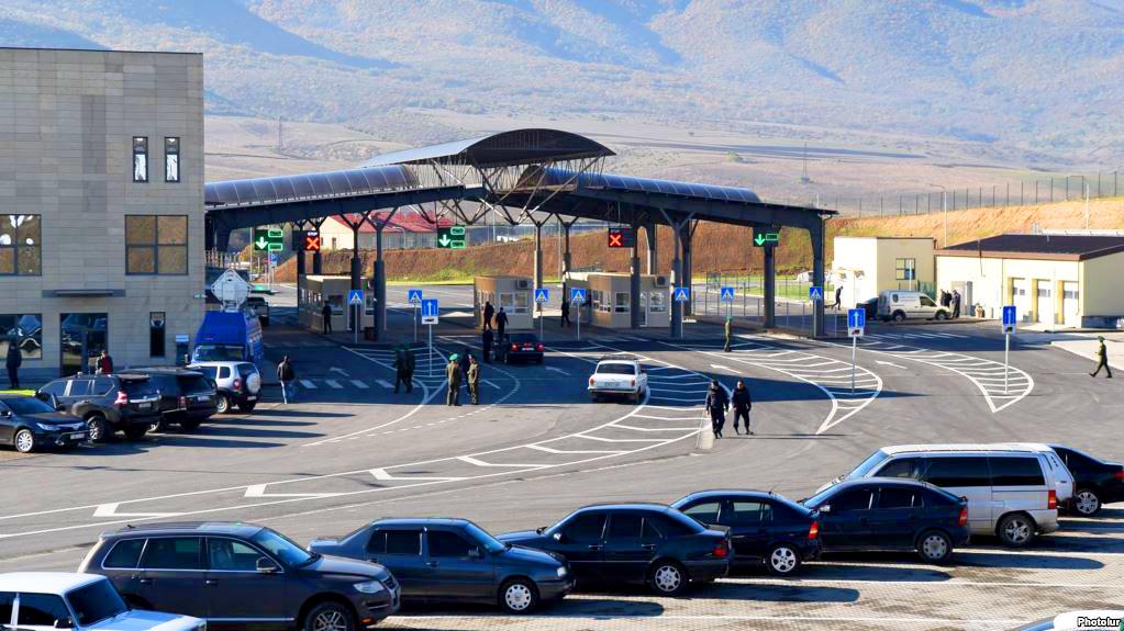 Армяно-грузинский пограничный пунктв Баграташене