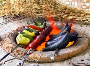 Шашлык из свежих овощей в тандыре